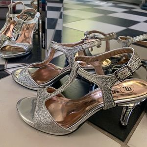 Silver Glitter inch heals